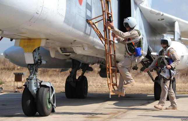 Nga bác tin IS bắn rơi chiến đấu cơ, bắt sống phi công - ảnh 1