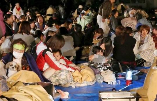 Động đất dữ dội ở Nhật Bản, hơn 750 người thương vong - ảnh 3
