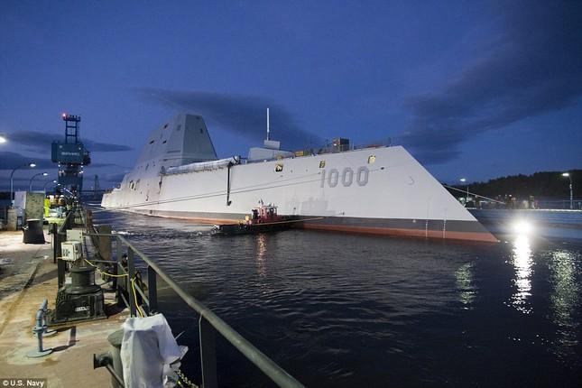 Khu trục USS Zumwalt của Mỹ gây phiền phức vì quá tàng hình - ảnh 2