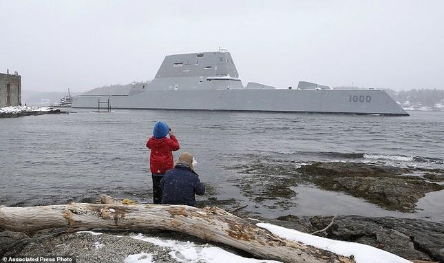 Khu trục USS Zumwalt của Mỹ gây phiền phức vì quá tàng hình - ảnh 6