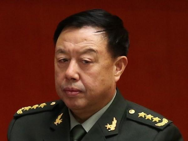 Tướng Trung Quốc thăm đảo nhân tạo phi pháp ở Trường Sa - ảnh 1