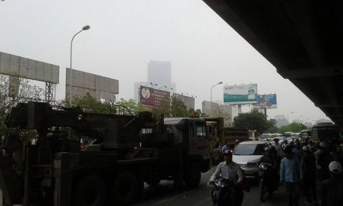 Kinh hoàng xe tải cán chết người trước cổng bến xe Mỹ Đình - ảnh 4