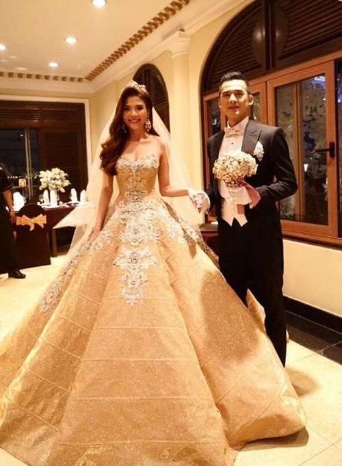 Cận cảnh 2 chiếc váy cưới gần nửa tỷ của 'công chúa' Thúy Diễm - ảnh 6