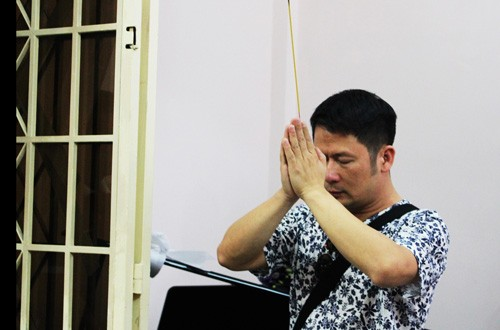 Dàn nghệ sĩ Việt xúc động đến viếng đám tang nhạc sĩ Nguyễn Ánh 9 - ảnh 5