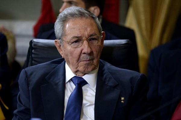Chủ tịch Raul Castro yêu cầu 'trẻ hóa' Đảng cộng sản Cuba - ảnh 1