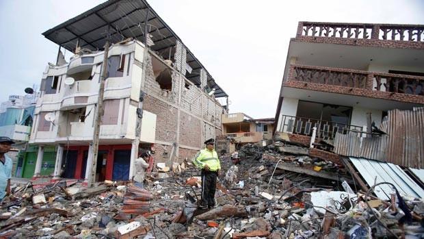 Ít nhất 272 người thiệt mạng trong trận động đất ở Ecuador - ảnh 2