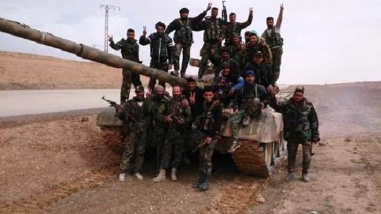 IS lại thảm bại ở Deir Ezzor, hàng trăm tay súng bị tiêu diệt - ảnh 1