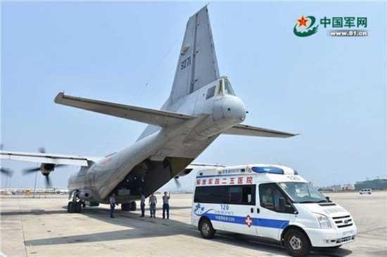 Mỹ phản đối TQ đưa máy bay quân sự hạ cánh xuống đá Chữ Thập - ảnh 1