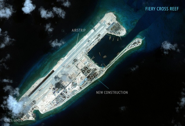 Trung Quốc bao biện việc điều máy bay quân sự ra đá Chữ Thập - ảnh 1