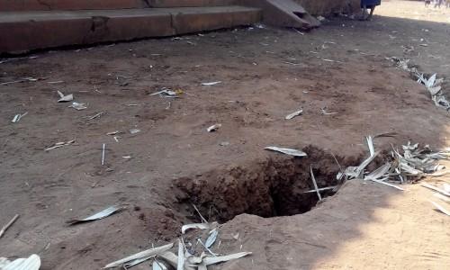 Gia Lai: Xuất hiện vết nứt bất thường gây hoang mang - ảnh 1