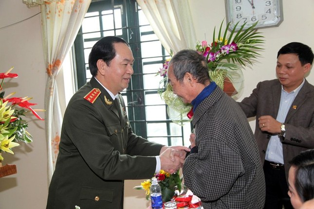 Thầy giáo cũ tự hào về tân Chủ tịch nước Trần Đại Quang - ảnh 1