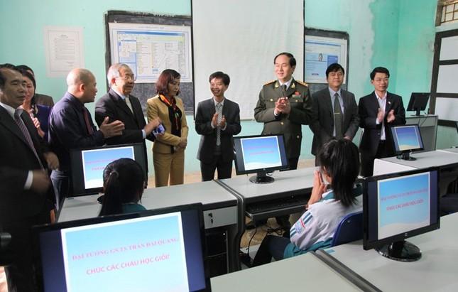 Thầy giáo cũ tự hào về tân Chủ tịch nước Trần Đại Quang - ảnh 2