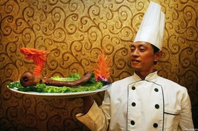10 món ăn 'kinh dị' khiến du khách cảm thấy hãi hùng - ảnh 4