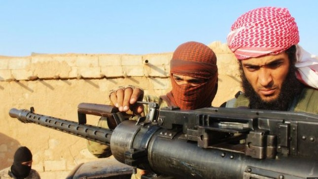 Túng quẫn, IS mang nội tạng quân lính đi bán  - ảnh 1
