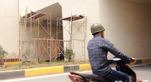 'Tận mục' hầm chui 551 tỷ vừa khánh thành đã sửa chữa nham nhở - ảnh 2