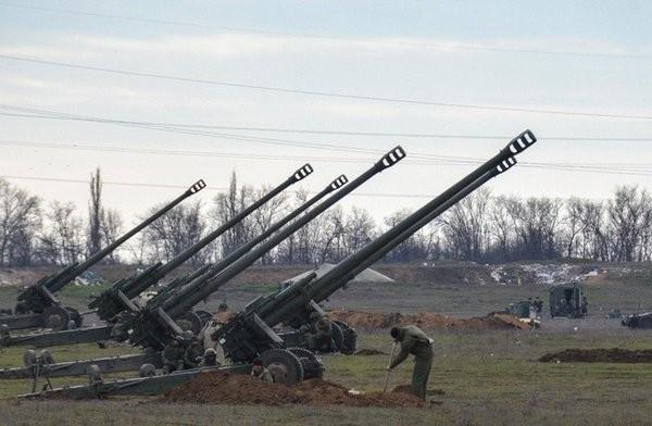 Báo Mỹ nói Nga triển khai pháo binh đến phía bắc Syria - ảnh 1