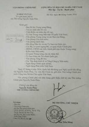 Giới thiệu chữ ký của Thủ tướng Nguyễn Xuân Phúc - ảnh 1