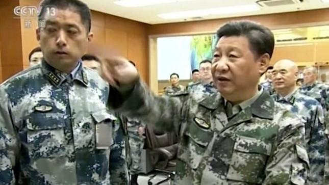 Chủ tịch TQ Tập Cận Bình giữ chức Tổng tư lệnh quân đội - ảnh 1