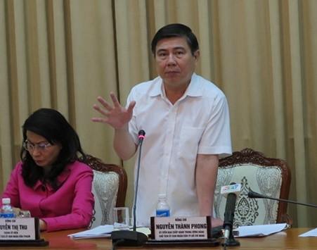 Kinh tế TP.HCM 'sụt giảm nghiêm trọng' sau vụ quán Xin Chào - ảnh 2