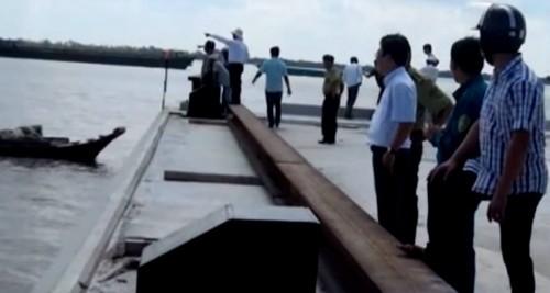 Dân ven sông Soài Rạp bỏ việc... vì cá sấu sổng chuồng - ảnh 1