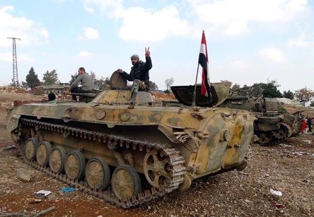 Tình hình Syria: Quân Assad tái chiếm thị trấn al-Qaryatain - ảnh 1