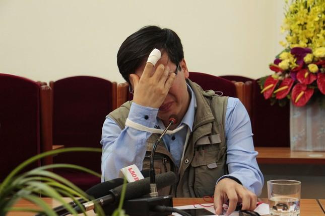 Nhân vụ nhà báo khóc vì vô cảm: Học sống tử tế để không đơn độc - ảnh 2