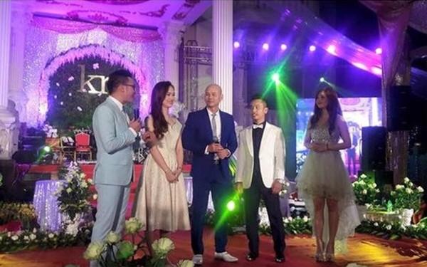 'Đám cưới 100 cây vàng' có Phan Đinh Tùng tham gia gây sốt - ảnh 1