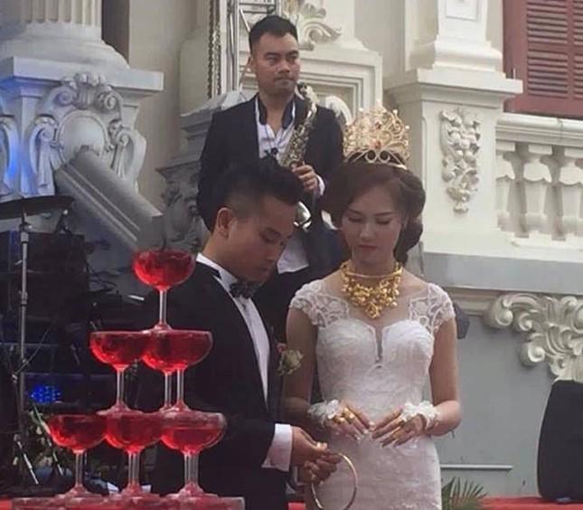 'Đám cưới 100 cây vàng' có Phan Đinh Tùng tham gia gây sốt - ảnh 5