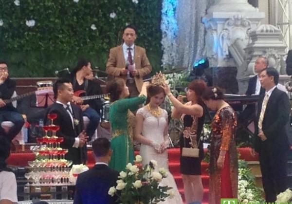 'Đám cưới 100 cây vàng' có Phan Đinh Tùng tham gia gây sốt - ảnh 3