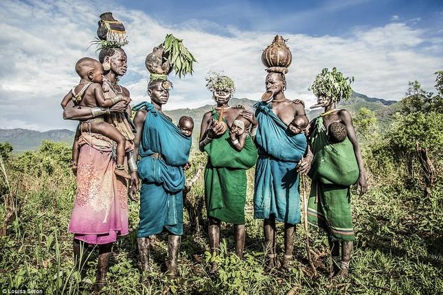 Đến Ethiopia xem bộ lạc kì dị nhất thế giới - ảnh 3