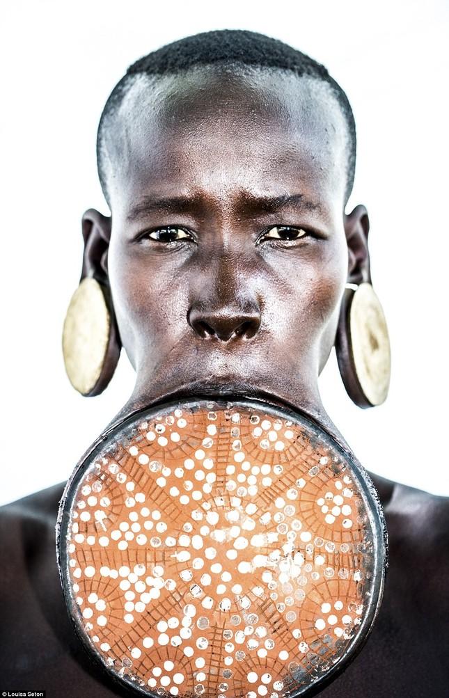 Đến Ethiopia xem bộ lạc kì dị nhất thế giới - ảnh 6
