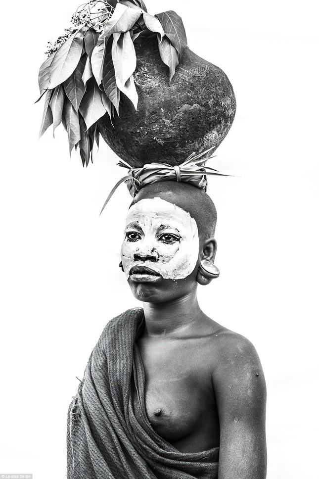 Đến Ethiopia xem bộ lạc kì dị nhất thế giới - ảnh 11