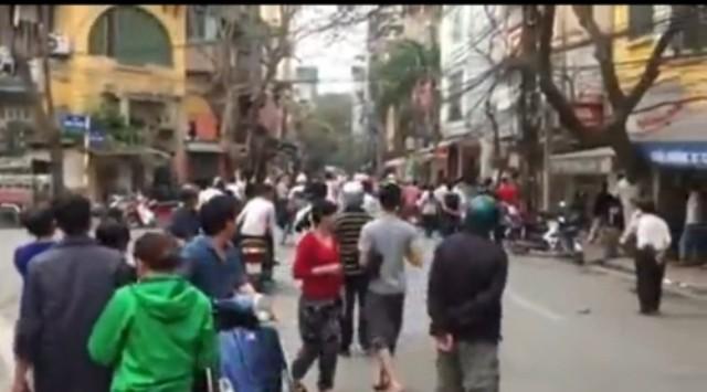 CA lên tiếng về vụ nổ súng giải tán đám đông ở Hà Nội - ảnh 1