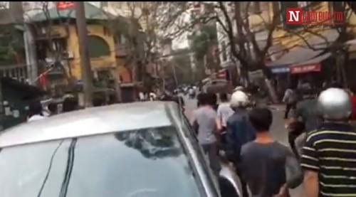 CA lên tiếng về vụ nổ súng giải tán đám đông ở Hà Nội - ảnh 2