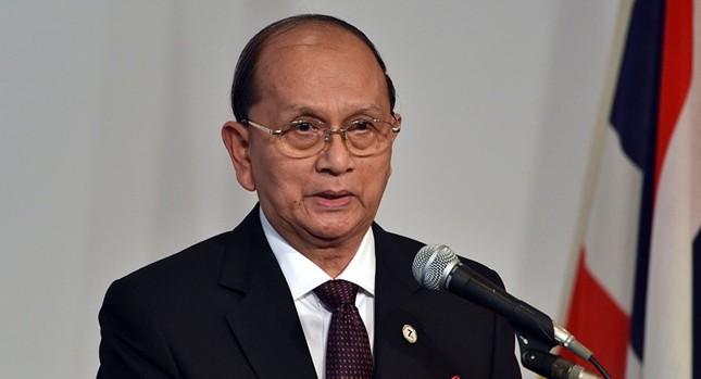 Cựu Tổng thống Thein Sein xuống tóc đi tu - ảnh 1