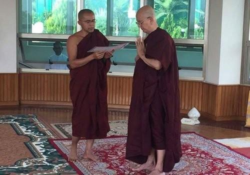 Cựu Tổng thống Thein Sein xuống tóc đi tu - ảnh 2