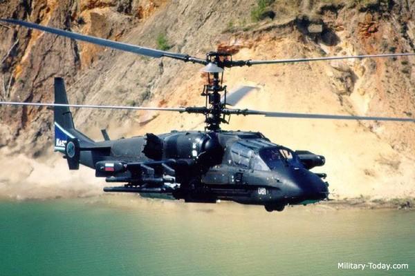 Video: Trực thăng 'cá sấu' Ka-52 lần đầu oanh tạc IS ở Syria - ảnh 1