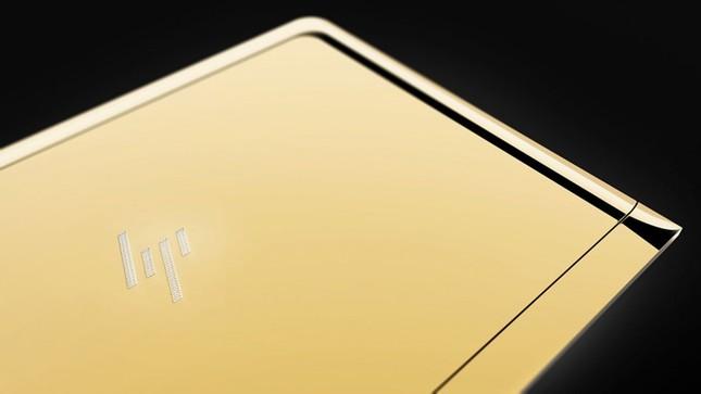 Ngắm 'tuyệt tác' laptop siêu mỏng dát vàng 14K của HP - ảnh 9