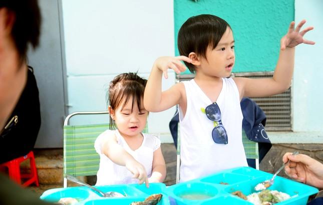Con trai 4 tuổi của Lý Hải bất ngờ đóng phim 15 tỷ Lật Mặt 2 - ảnh 2