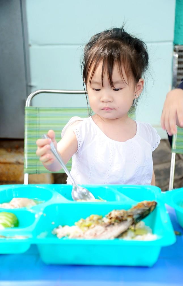 Con trai 4 tuổi của Lý Hải bất ngờ đóng phim 15 tỷ Lật Mặt 2 - ảnh 4