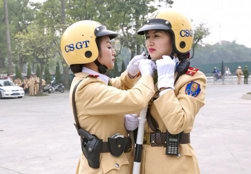 Hà Nội: CSGT 'vòng eo 94' trở lên sẽ chuyển sang ngồi văn phòng - ảnh 1