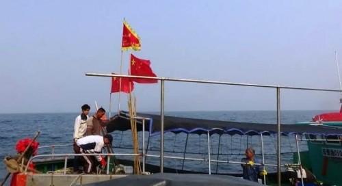 BĐBP đuổi 6 tàu cá TQ đánh bắt sâu trong vùng biển Việt Nam - ảnh 1