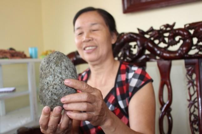 Phát hiện 'quả trứng vàng' tiền tỷ khi mổ lợn ở Hà Nội? - ảnh 1