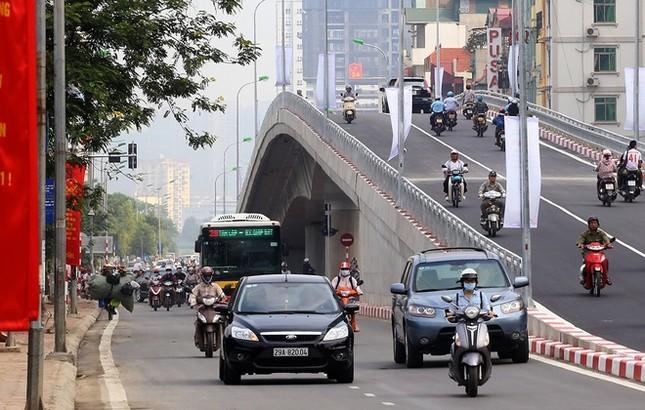 Cầu vượt nhẹ thứ 8 ở Hà Nội được thông xe - ảnh 2
