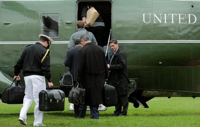 [ẢNH] Tổng thống Obama lên đường tới Việt Nam - ảnh 2