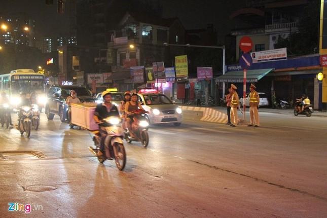 30 phút trước giờ Obama tới Hà Nội - ảnh 1
