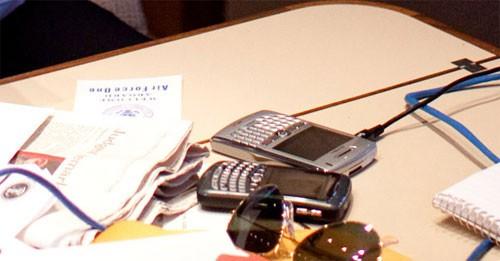 Điện thoại BlackBerry của Tổng thống Obama có gì đặc biệt? - ảnh 2
