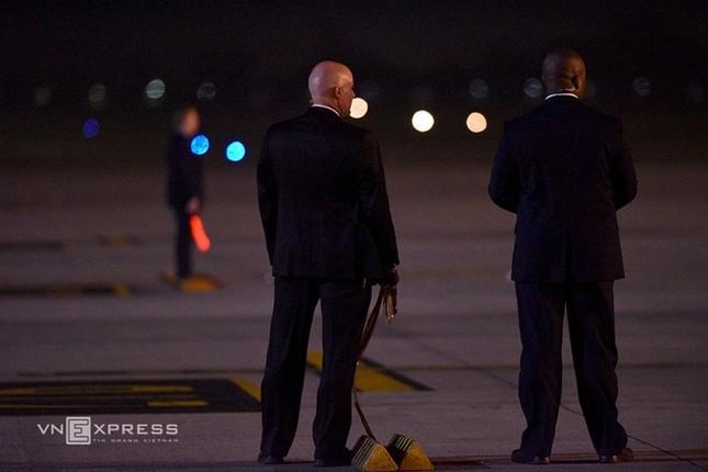 Đón tiếp Tổng thống Mỹ ở sân bay Nội Bài - ảnh 3