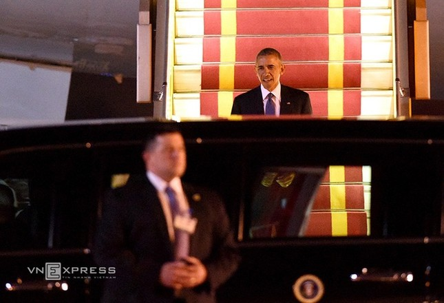 Đón tiếp Tổng thống Mỹ ở sân bay Nội Bài - ảnh 7