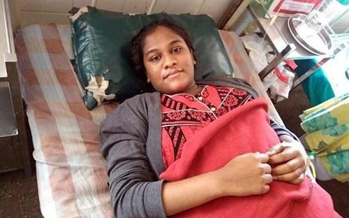 Bé gái sơ sinh nặng nhất thế giới chào đời ở Ấn Độ - ảnh 2